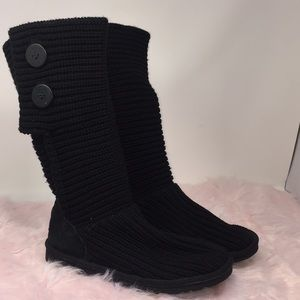 Ugg Knitted Double Button Boots Size 6